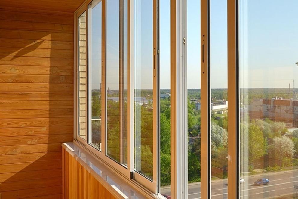 Холодное остекление балконов в Зеленограде