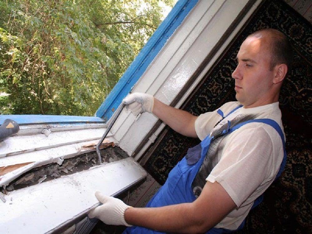 Монтаж окна с подоконником
